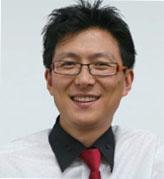 한성대 디자인아트평생교육원 디지털미디어디자인학과 박보석 교수. 박 교수는 '프랙탈 아티스트'로 활동하고 있다. 그의 홈페이지(www.cgtool.com)에서 다양한 작품을 볼 수 있다.
